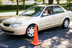 How to find a driving school for your teen